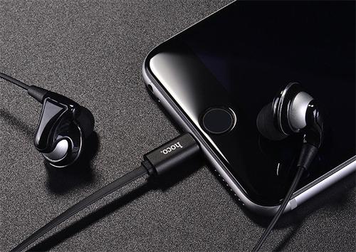 Iphone 8 vừa có thể sạc vừa nghe được nhạc