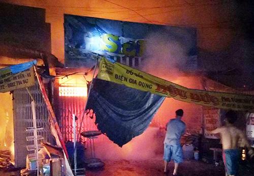 cháy ở kiên giang, cháy tiệm vàng 3 ba cháu tử vong