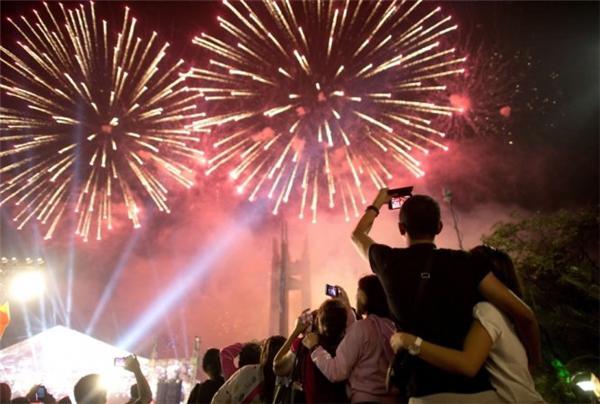 30 địa điểm tổ chức bắn pháo hoa tại Hà Nội