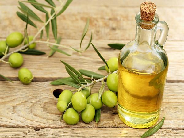 Công thức làm đẹp từ dầu oliu tại nhà