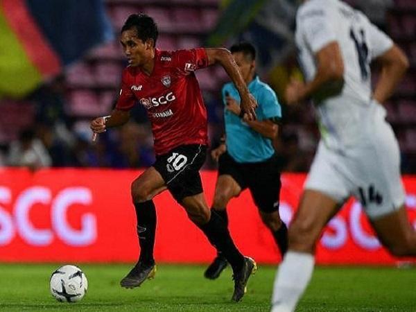 HLV Sirilak nói gì khi gọi 3 cầu thủ đội rớt hạng?