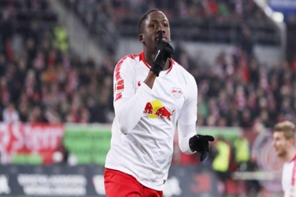 Chuyển nhượng BĐ 17/3: CĐV Liverpool yêu cầu Klopp chiêu mộ Konate