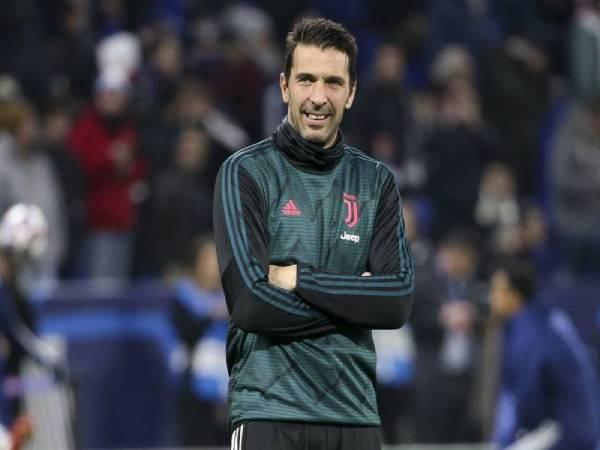 Điểm tin bóng đá tối 1/4: Buffon bị treo giò 1 trận vì văng tục
