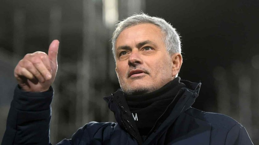 Roma đàm phán ký hợp đồng với Xhaka của Arsenal