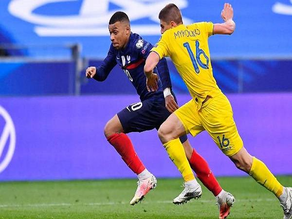 nhận định Kazakhstan vs Ukraine 1/9